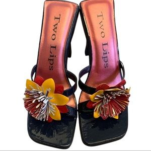 TWO LIPS   Vintage Square Toe Heel Sandals